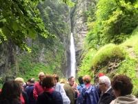 Visitando la cascada
