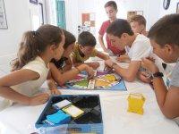 Jugando al Trivial en Granada