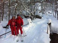 滑雪者动画免费登山启动路线
