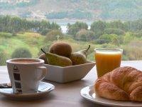A romantic breakfast