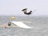 风筝冲浪技巧