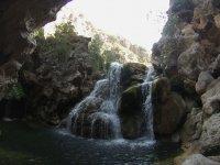 Cascada en el barranco