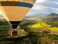 balloon flight over bages