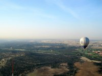 Flying over the Sierra de Madrid in a hot air balloon
