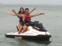 un dia estupendo en moto de agua