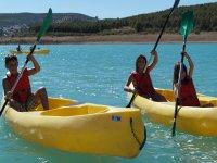 Canoas en el campamento de Granada