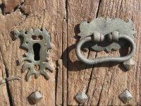 Vecchia porta in Corbera