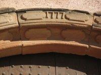 Dettaglio sulla porta in Corbera