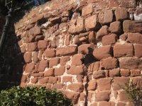 Muro di pietra in Corbera