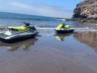 Escursione in moto d'acqua lungo la Costa de Teguise