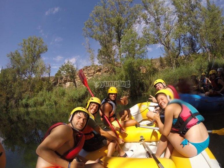 Grupo rafting en Madrid