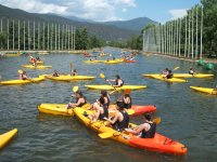 Canoeing in calm waters in Parc Olimpic 1 hour