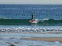 pasalo en grande sobre las olas