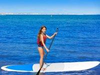 Clase de iniciación de paddle surf