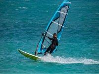 Surcando las olas en Benicassim