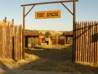 Entrada a al Fuerte Apache
