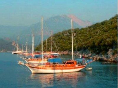 Aquamarin Charter Paseos en Barco