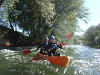Rafting down canoe in Jerte
