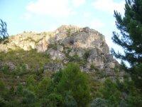 蒂维萨标志石窟Vilella之间
