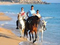 Montando a caballo por la costa gaditana