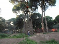Escalada en el parque de aventuras de la Juliana