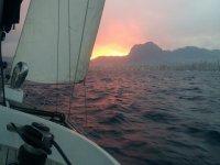 日落时航行