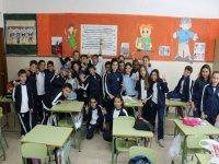 grupo de alumnos en una escuela