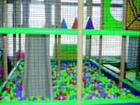 Tobogan del parque de bolas