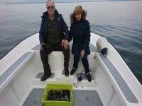 En el barco junto a la pesca