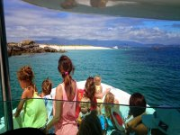 Boat trip for families in Arosa Island