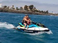 Giro in moto d'acqua a due posti attraverso Lanzarote