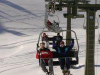 ven a esquiar con tus amigos