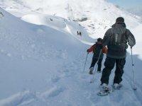 Marchando por la nieve