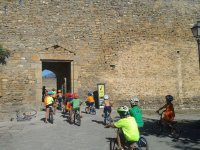 Visit by bike to Ainsa Castle