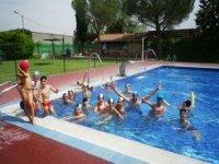 皮划艇游泳池