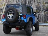 Jeep en un descanso de la ruta