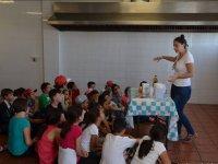 Clases de cocina en el campamento en Sevilla