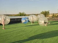 Partido de futbol burbuja