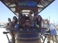 啤酒自行车女孩会议