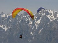 Two-seat paragliding