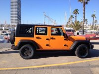Jeep color naranja