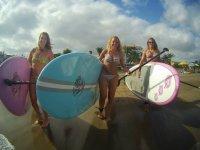A practicar paddle surf en Playa del Inglés