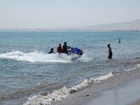从水上摩托车出海