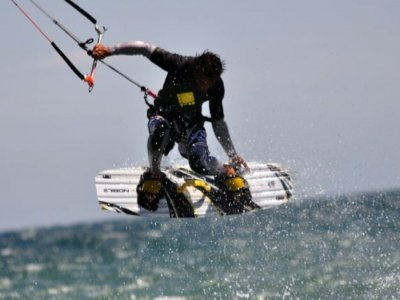 Pack 5 cursos de kitesurf, Arenales del Sol