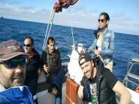 Paseando en el barco en Gijon