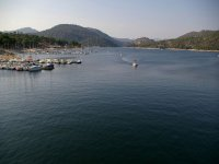 船停泊在圣胡安水库