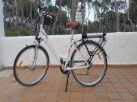Bici blanca para alquilar en Mallorca