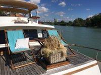 Hammocks i nthe boat