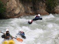 Siguiendo al monitor en kayak