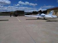 En la pista del aerodromo